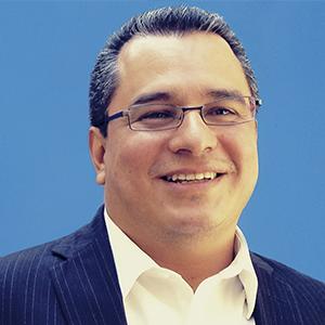 Dr. Luis Aguirre-Torres